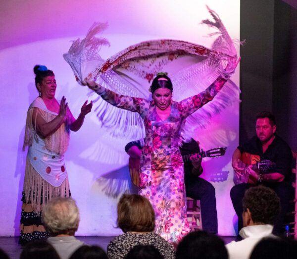 Flamenco en Sevilla en Tablao Alvarez Quintero