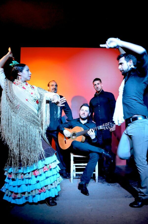 GRUPO FLAMENCO 2 Tablao Flamenco Sevilla