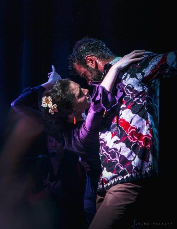 Cristian Lozano y Sara en el Tablao Flamenco Orilla de Triana | Espectáculo Flamenco en Sevilla.jpg